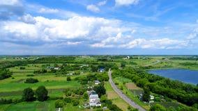Взгляд деревни центральной России сверху стоковая фотография