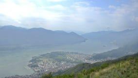 Взгляд лета от верхней части швейцарских Альпов около Локарна сток-видео