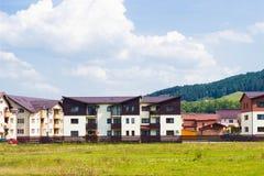 Взгляд лета сельский на Floresti, Cluj, Румынии стоковое изображение rf