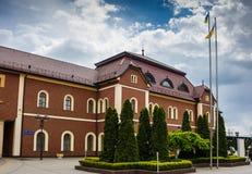 Взгляд железнодорожного вокзала в Uzhhorod, Украине, расположенной в области Zakarpattia Стоковое фото RF