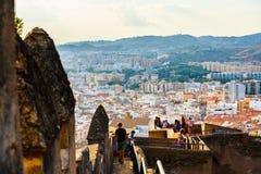 Взгляд жилого района Малаги Стены двора Castillo de Gibralfaro Стоковое фото RF