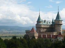Взгляд замка в Bojnice стоковые фото