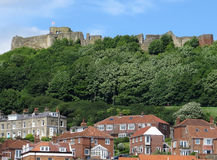 Взгляд замка Scarborough стоковое изображение rf