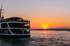 Взгляд захода солнца силуэта bosphorous Стоковое Изображение
