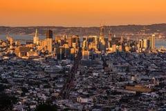 Взгляд захода солнца pnoramic города Сан-Франциско стоковые изображения