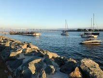Взгляд залива Сан-Диего и моста залива Coronado Стоковые Фото