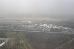 Взгляд земли, полей, и облаков сверху Стоковые Фотографии RF