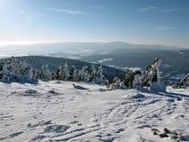Взгляд зимы от пика Стоковое фото RF