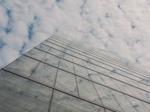 Взгляд зданий и неба небоскреба Стоковые Фото