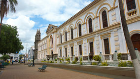 Взгляд здания епархии Ibarra с епископской часовней Стоковая Фотография