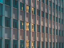 Взгляд здания и неба небоскреба Стоковое Изображение