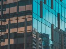 Взгляд здания и неба небоскреба Стоковая Фотография RF