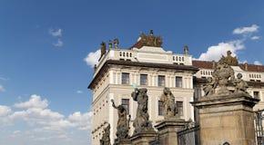 Взгляд здания президента республики в Праге, чехии Стоковые Фото