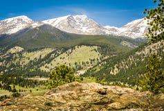 Взгляд диапазона фронта скалистой горы Стоковое фото RF