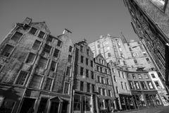 Взгляд исторического старого городка, Эдинбург улицы Стоковые Фотографии RF