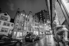 Взгляд исторического старого городка, Эдинбург улицы Стоковое Фото