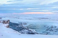 Взгляд идя снег Исландии стоковое фото rf