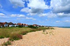 Взгляд Кент Великобритания пляжа Kingsdown сценарный Стоковое Изображение RF