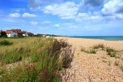 Взгляд Кент Великобритания пляжа Kingsdown сценарный Стоковая Фотография
