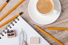 Взгляд конца-вверх atrist или таблицы дизайнера Стоковые Изображения