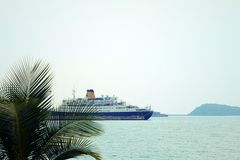 Взгляд корабля на море Стоковая Фотография RF