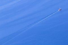 Взгляд корабля на открытом море Стоковая Фотография RF