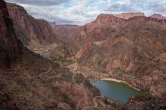 Взгляд Колорадо на гранд-каньоне Стоковое Изображение