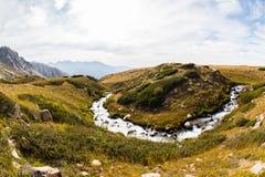 Взгляд красивой долины в горах Тянь-Шань, Казахстане Стоковые Фотографии RF