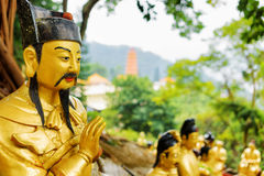 Взгляд крупного плана золотой статуи Будды Стоковая Фотография RF