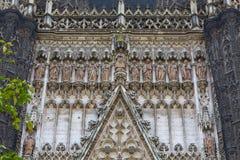Взгляд крупного плана фасада собора Севильи Стоковая Фотография RF