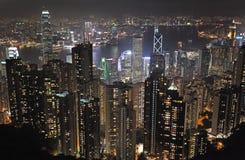 Взгляд к Гонконгу от пика Виктории к ноча Стоковое Изображение RF