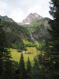 Взгляд к горе tribulaun, южный Тироль, Италия, Европа Стоковые Изображения RF