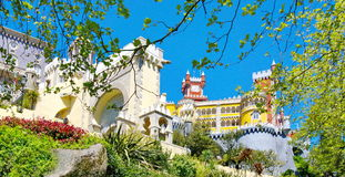 Взгляд к замку Pena стоковое фото