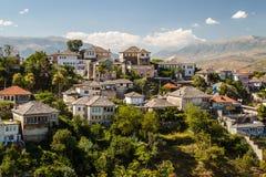 Взгляд к старому городу Gjirokaster, наследие ЮНЕСКО Стоковое Изображение RF