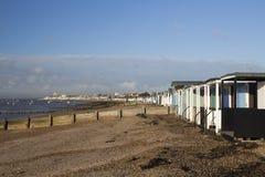 Взгляд к Southend-на-морю от залива Thorpe, Essex, Англии Стоковая Фотография RF