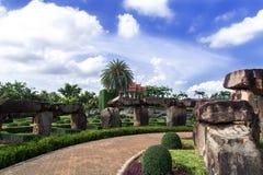Взгляд к Wat от Стоунхенджа Стоковые Фото