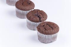 Взгляд макроса булочки шоколада над белизной Стоковое Фото