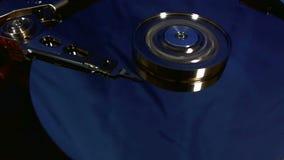 Взгляд макроса движений головы жёсткого диска акции видеоматериалы