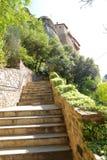 Взгляд монастыря Meteora расположенного на утесе стоковое фото rf