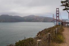 Взгляд моста золотого строба & прибрежных холмов Стоковые Фото