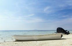 взгляд мотора озера шлюпки baikal панорамный Стоковое Фото