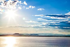 Взгляд на ландшафте горы, море в Норвегии Стоковое Фото