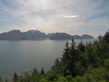 Взгляд над водой полуострова kenai Стоковая Фотография