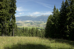 Взгляд на горах высоком Tatras Словакии лета Стоковые Фото
