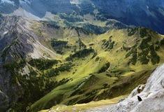 Взгляд на горной вершине в горных вершинах (karwendel) Стоковое Фото