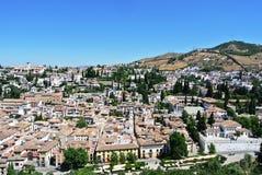 Взгляд на городе Гранады от Альгамбра Стоковые Фотографии RF