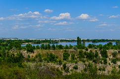 Взгляд на городе Komsomolsk и реке Dnieper Стоковое Изображение