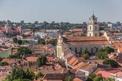 Взгляд над городком Вильнюса старым стоковое фото rf