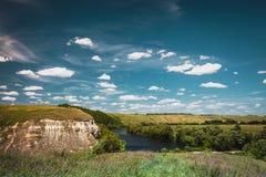 Взгляд над излучиной реки, область холма Тулы, Россия Стоковое Фото
