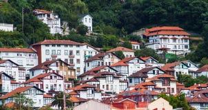 Взгляд на малом средневековом городке стоковые изображения rf